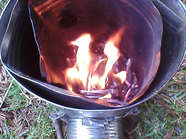 File:Rocket Stove.jpg